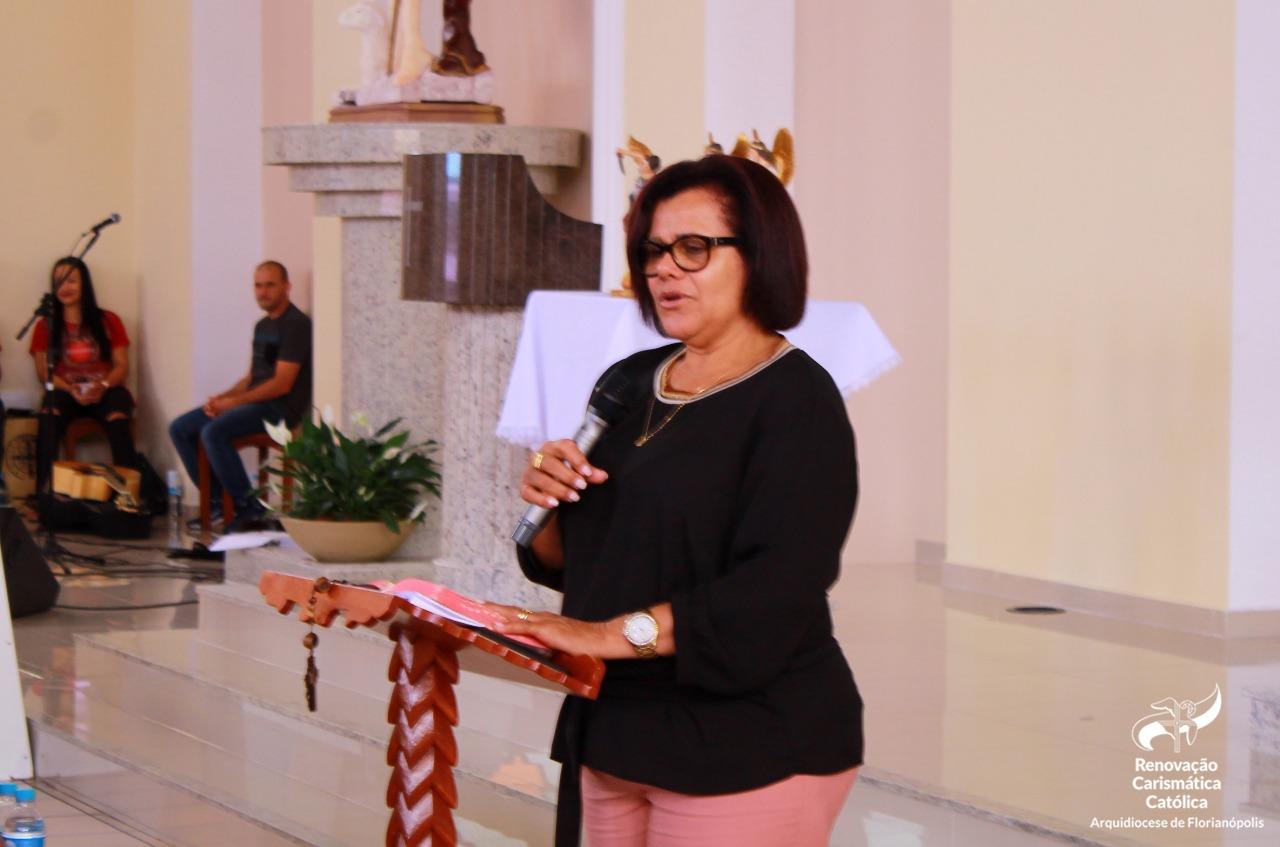 Retiro de Cura Interior | Terceira Pregação: Mas vem a hora, e é agora, em que os verdadeiros adoradores adorarão o Pai em espírito e verdade (Denilda Barbosa)